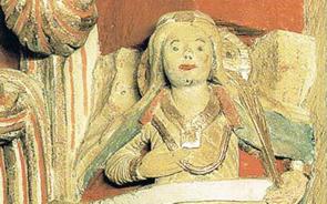 Die heilige Pusinna in der Südwestecke des Schlafhaus